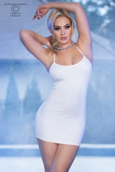 Mini-robe blanche avec strass - Chilirose